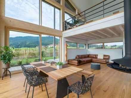 Heimatgefühle inmitten herrlicher Berglandschaft! Ein Haus zum Staunen!