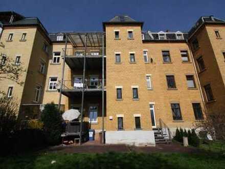 Gepflegtes Apartment mit Terrasse und Einbauküche wartet aus Sie!!