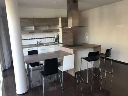 Stilvolle, neuwertige 2-Zimmer-EG-Wohnung mit Terrasse in Heilbronn Ost