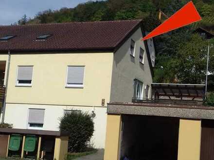 Nette renovierte 3 - Zi.-DG-Wohnung in Forchtenberg!
