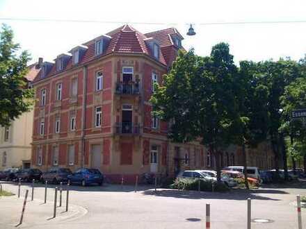 Ansprechende 4-Raum-Wohnung mit EBK und Balkon in Karlsruhe-Oststadt