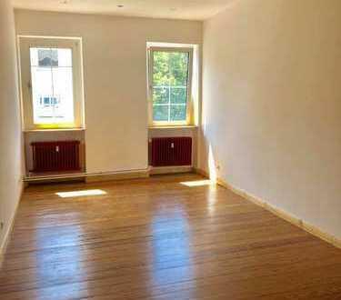 Geräumige, neuwertige 3-Zimmer-Wohnung mit gehobener Innenausstattung in Mannheim