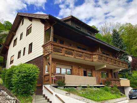 900 €, 140 m², 4 Zimmer