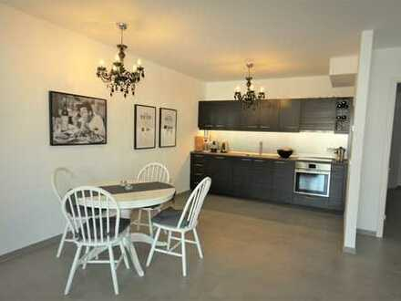 Moderne, großzügige Wohnung mit großem Balkon und Gäste-Bad
