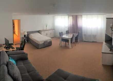 Vollständig renovierte 1-Zimmer-Wohnung mit EBK in Bad Lippspringe