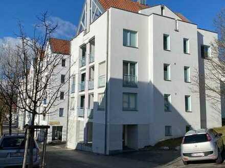 Gepflegte 3-Zimmer-Wohnung mit Balkon und Einbauküche in Biberach (Sandberg)