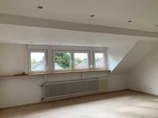 Vollständig renovierte 4-Zimmer-Wohnung zur Miete in Mönchengladbach-Neuwerk