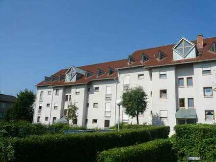 Gepflegte Maisonette-Wohnung mit drei Zimmern sowie Balkon und EBK in Bad Bergzabern