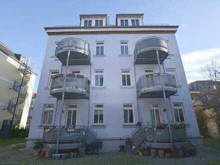 Moderne 2-Raum-Wohnung mit Balkon und Küche!