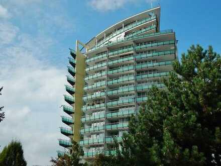 Liebhaberwohnung im 7. Stock mit 2 Balkonen und gigantischem Ausblick.