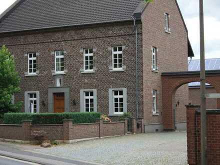 Altes Gutshaus - individuelle Wohnung im Erdgeschoss