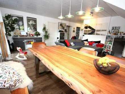 Gepflegte 3 Zi.-DG-Wohnung mit raffinierter Raumstruktur und optisch ansprechender Ausstattung