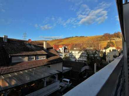 Gepflegte und sehr helle Maisonette-Wohnung mit Balkon