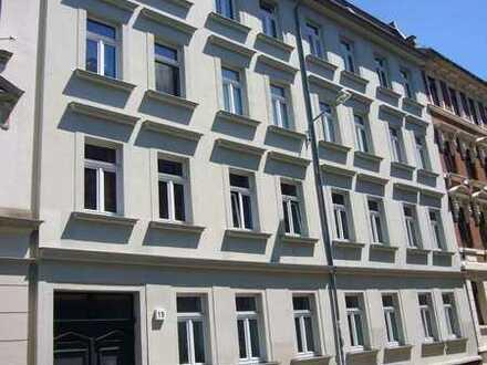 Urban wohnen in Lindenau*3-Rwhg.*san. Altbau*Balkon*Tageslichtbad