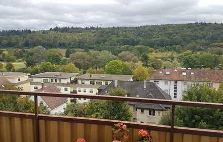RESERVIERT*Zentral gelegene 2 Zimmerwohnung mit zwei Balkonen in Pforzheim-Eutingen