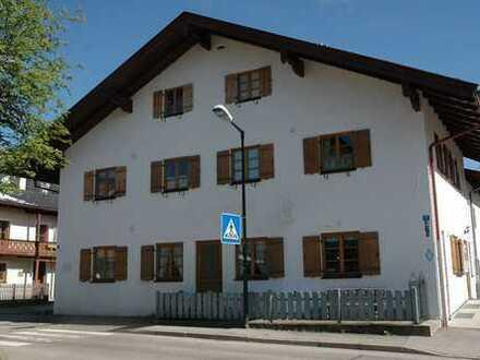 Zeit Ihren Traum zu verwirklichen!! Charmantes Gästehaus in idealer Lage von Oberammergau bietet Ihn