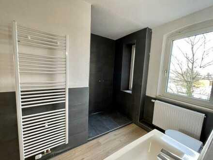 * Top renovierte Wohnung im guten Stadtteil *