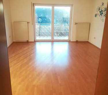 Gepflegte 3-Zimmer-Wohnung mit Balkon in Lonsee