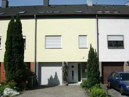 1.100 €, 110 m², 3,5 Zimmer