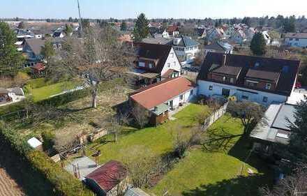 Ruhig gelegenes Baugrundstück mit Altbestand in Waldperlach - hier können Sie noch selbst bauen!