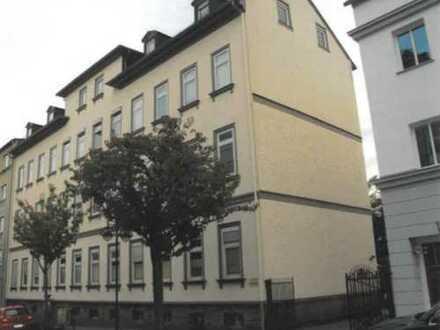 Citylage-Stilvolle, gepflegte 3-Zimmer-Wohnung mit Balkon und EBK in Bad Homburg
