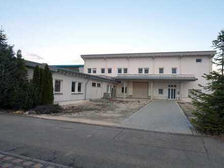 Halle mit Wohnhaus und Werkstatt