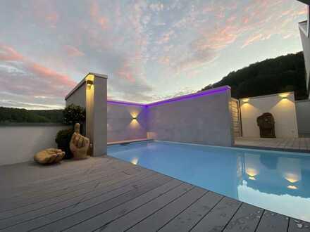 Atemberaubendes Penthouse der Superlative mit 320 m² plus 10 Renditewohnungen. Einmaliges Angebot!