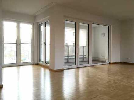 Großzügige 2-Zimmer-Wohnung im Vaalserquartier