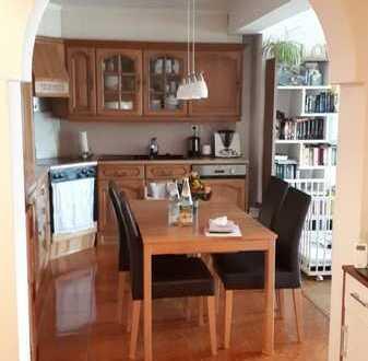 Schöne 3-Zimmer-Wohnung mit EBK, Terasse & Garage in Forchtenberg
