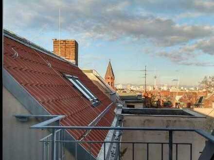 Wundervoller Dachgeschoss-Erstbezug zwischen Bergmannkiez und Tempelhofer Feld!