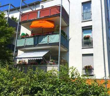 TOP Eigentumswohnung mit Balkon + Tiefgarage in zentraler Lage in Köln-Kalk