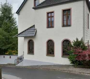 Repräsentatives Landhaus für gehobene Ansprüche in Dahlem- Schmidtheim in der Eifel