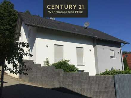 Luxuriöse 5 Zimmer Maisonette-Wohnung in ruhiger Lage mit tollem Blick