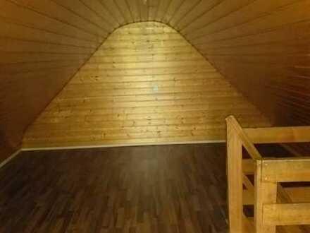 Attraktive 3-Zimmer-DG-Wohnung mit Balkon in Kehl