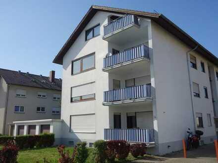 Wiesloch, 4 Zimmer-Wohnung im 1.OG mit zwei Balkonen