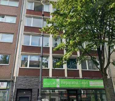Gepflegte 2-Zimmer-Wohnung mit Balkon und Einbauküche in Altstadt & Neustadt-Süd, Köln