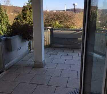 Moderne renovierte 3 Zimmer Wohnung mit Terrasse und Weitblick