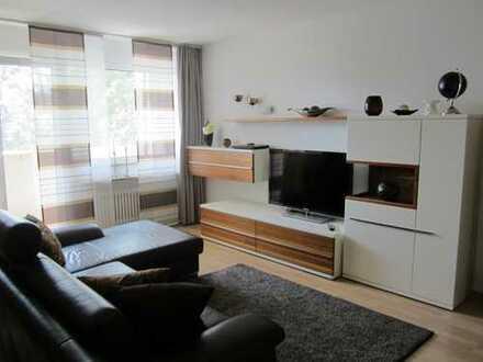 Provisionsfrei! Gepflegte 3-Zimmer-Wohnung mit zwei Loggien, Einbauküche und Tiefgarage in Rosenheim
