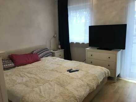 Möblierte 2-Zimmer-Wohnung mit 2 Balkonen und Einbauküche in Sendling, München