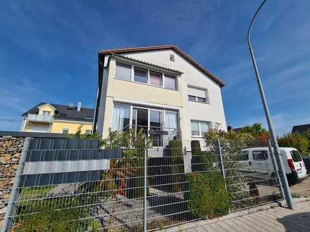 NEUMANN - Zweifamilienhaus mit Ausbaupotenzial zum Dreifamilienhaus in sehr guter & ruhiger Lage