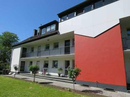 Moderne Maisonettewohnung mit offenem Kamin und großem Garten in Frankenforst!