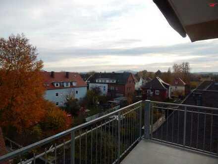Großzügige Altbauwohnung in Bestlage mit Balkon