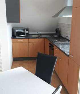 Gepflegte 1,5-Zimmer-Maisonette-Wohnung mit Balkon und EBK in Ehingen