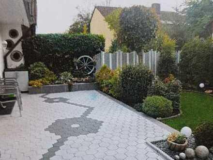 Karlsruhe Durlach, gepflegtes RMH mit Garten, direkt an der Pfinz