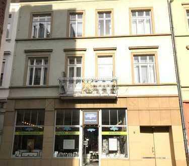 ++ WG Zimmer in 4 Zimmerwohnung der HDer Altstadt ++