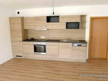 Neu renovierte 2-Zimmerwohnung in Hutthurm-Kalteneck mit moderner Einbauküche! Erstbezug!