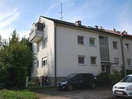 ruhig gelegene Dachgeschosswohnung mit Balkon -vermietet-