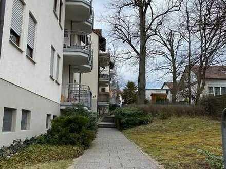 Neu renoviertes 1 Zi.-Appartment: möbliert, TG-STP, gute Wohnlage..!
