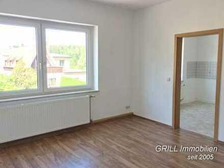 3-Raum-Wohnung im 1. OG in Lugau * Bad mit Wanne * Stellplatz * EBK bei Bedarf