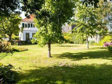 Stilvolles Wohnhaus mit großem Garten an der Bergstraße